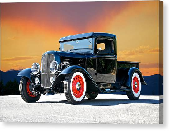 1932 Ford Pick Up II Canvas Print by Dave Koontz