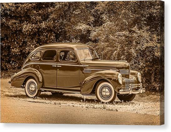 Classic - Car - 1939 Chrysler 4-dr Sedan Canvas Print by Barry Jones