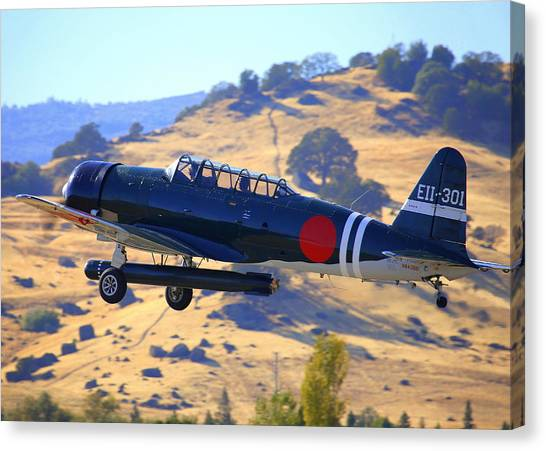 1944 Snj-5c Japanese Zero Mock-up With Torpedo Climbing Out N6438d Canvas Print by John King