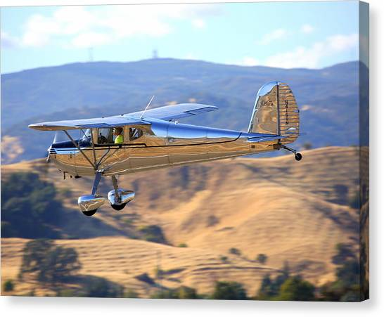 1947 Cessna 140 Fly-by N4151n Canvas Print by John King