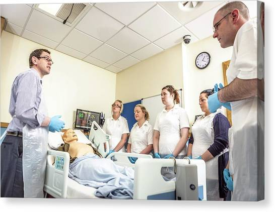 Acute Care And Resuscitation Training Canvas Print by Gustoimages