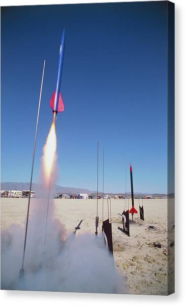 Black Rock Desert Canvas Print - Amateur Rocketry by Peter Menzel/science Photo Library
