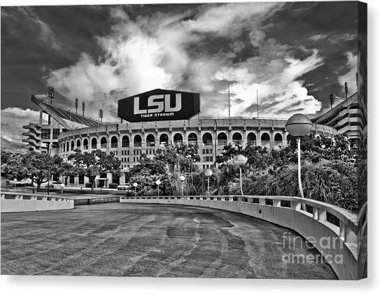 Death Valley - Hdr Bw Canvas Print