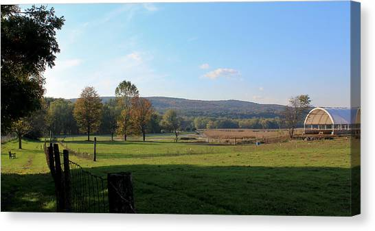 Deerfield Countryside Canvas Print by DustyFootPhotography
