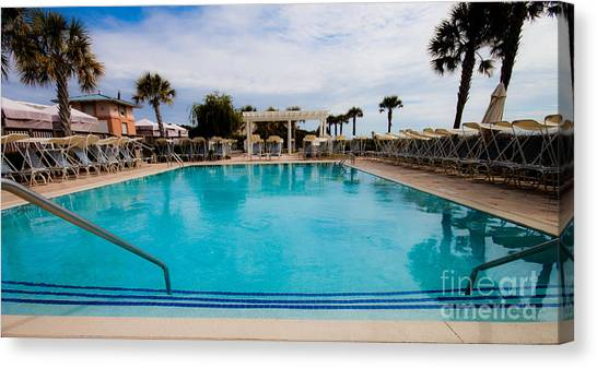 Infinity Pool Canvas Print