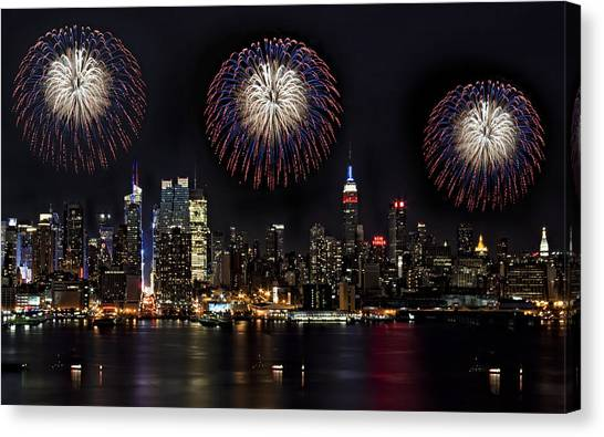 The City That Never Sleeps Canvas Print - New York City Celebrates The 4th by Susan Candelario
