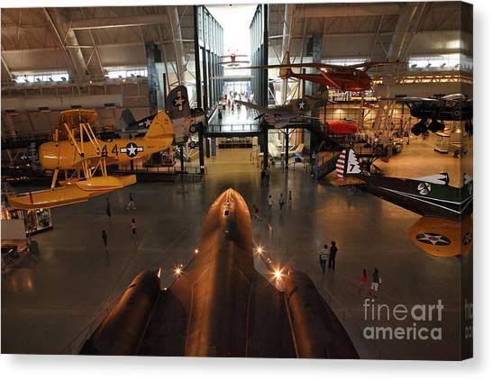 Sr71 Blackbird At The Udvar Hazy Air And Space Museum Canvas Print