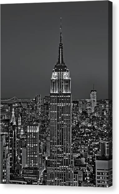 The City That Never Sleeps Canvas Print - Top Of The Rock Bw by Susan Candelario