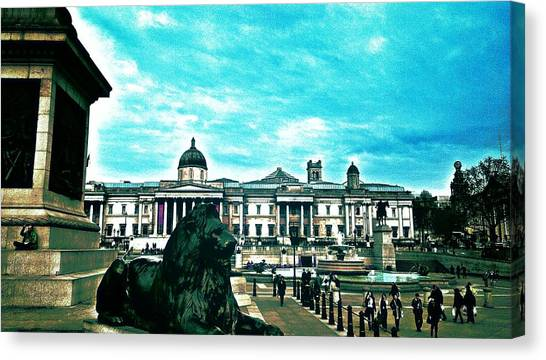 Lions Canvas Print - Trafalgar Square London by Chris Drake