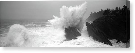 Oregon State Canvas Print - Waves Breaking On The Coast, Shore by Panoramic Images