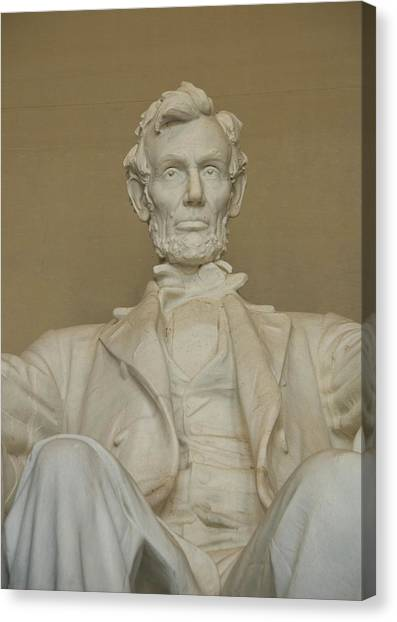Lincoln Memorial Canvas Print - Washington Dc, Usa by Lee Foster