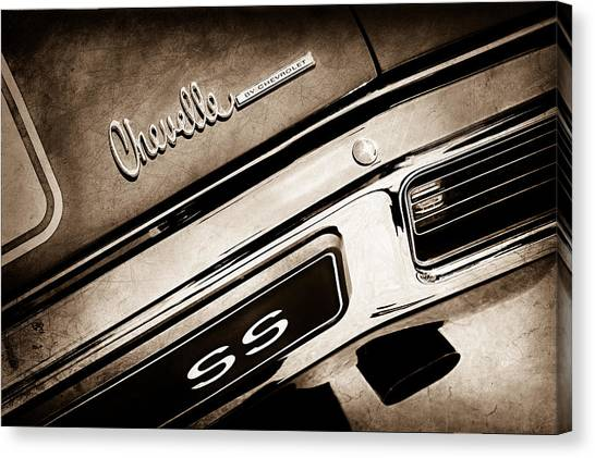 Chevelle Canvas Print - 1970 Chevrolet Chevelle Ss Taillight Emblem by Jill Reger