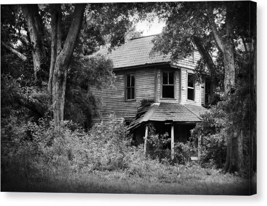 Canvas Print featuring the photograph Once Victorian by Kelly Hazel