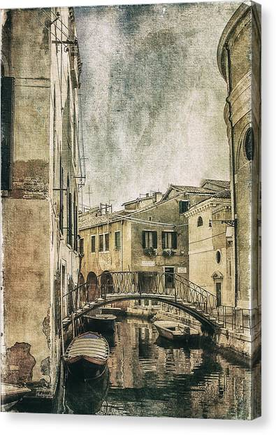 Venice Back In Time Canvas Print
