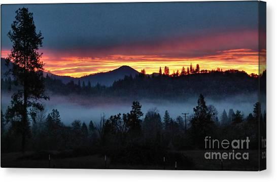 30 Min Before Sunrise Canvas Print