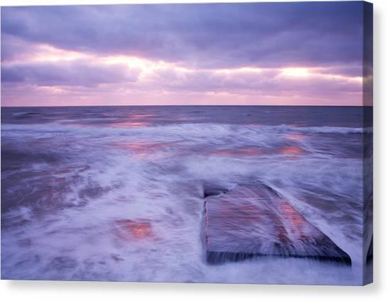 Ballyconnigar Strand At Dawn Canvas Print