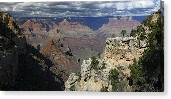 Grand Canyon Canvas Print by Gary Lobdell