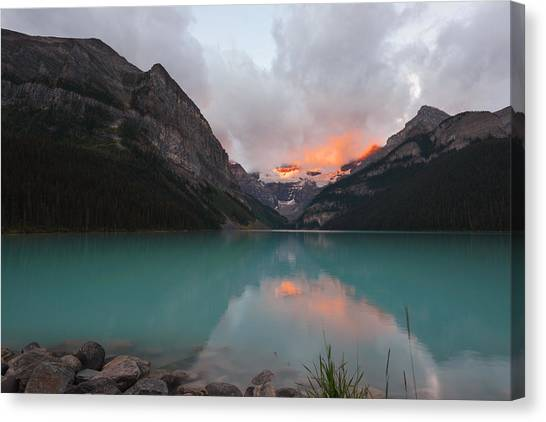 Lake Louise Sunrise Canvas Print