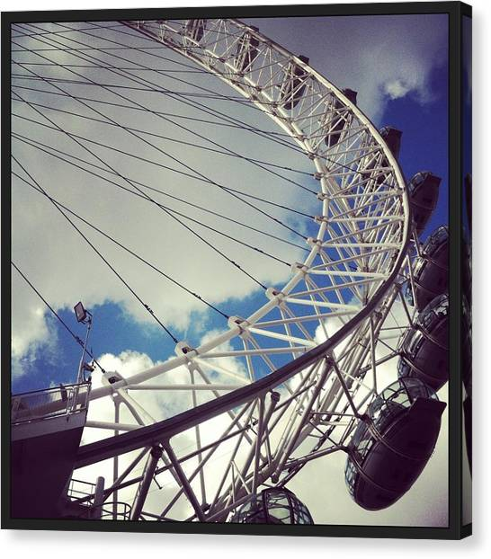 London Eye Canvas Print - London Eye by David  Simmons