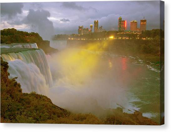 Horseshoe Falls Canvas Print - Usa, New York, Niagara Falls by Jaynes Gallery