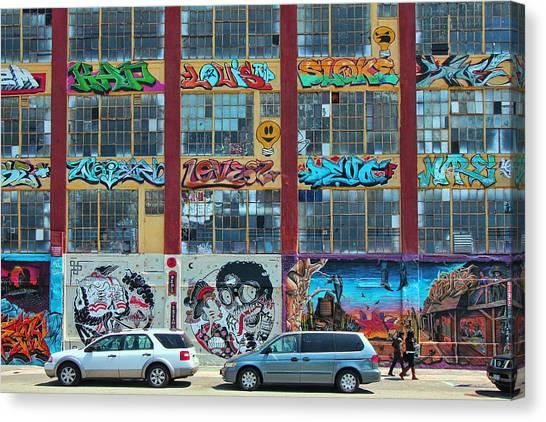 5 Pointz Graffiti Art 10 Canvas Print