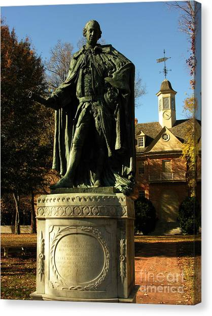 William And Mary College With Wren Building Canvas Print