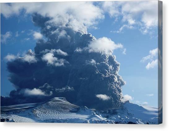 Eyjafjallajokull Canvas Print - Eyjafjallajokull Eruption by John Beatty/science Photo Library