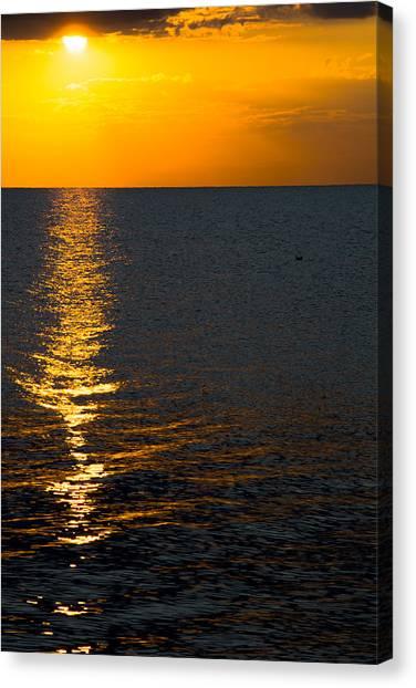 8.16.13 Sunrise Over Lake Michigan North Of Chicago 003 Canvas Print