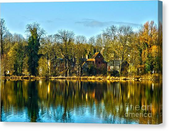 A Beautiful Place To Live Canvas Print