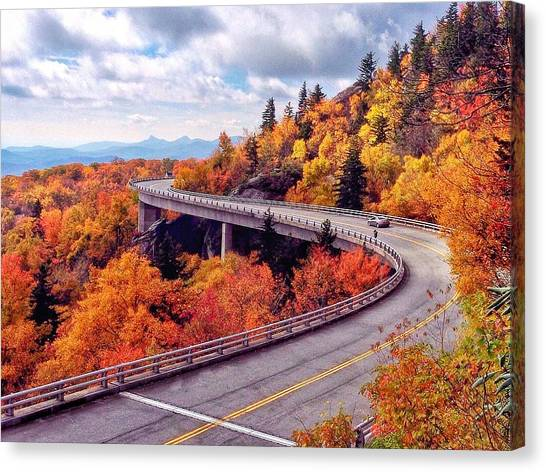 A Colorful Ride Along The Blue Ridge Parkway Canvas Print