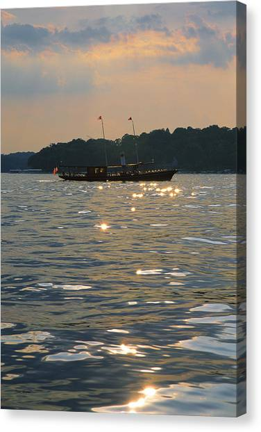 A Glint Of Glory - Lake Geneva Wisconsin Canvas Print