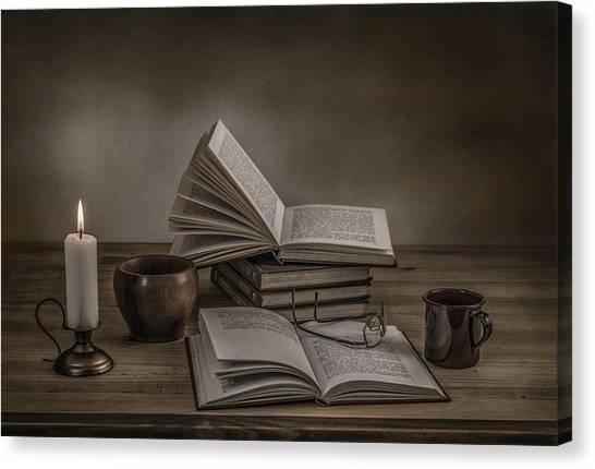 A Good Read Canvas Print by Margareth Perfoncio