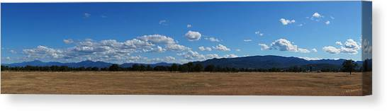 A June Panorama In Southern Oregon Canvas Print