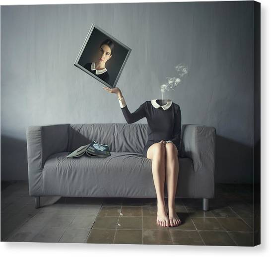 A Picture Of Me Canvas Print by Hardibudi