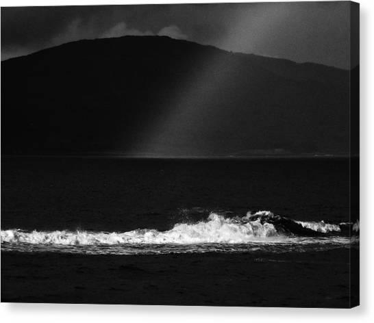 A Quiet Wave Canvas Print