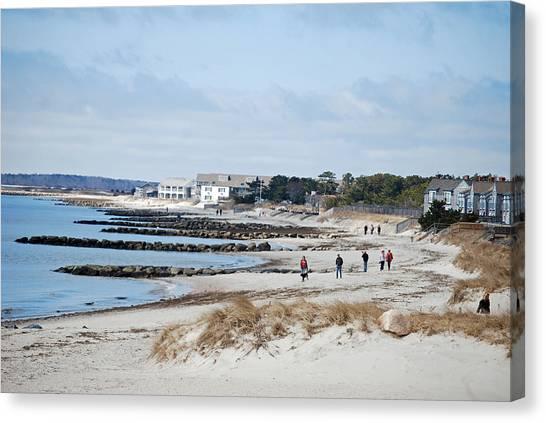 A Stroll On The Beach Canvas Print by Alan Holbrook
