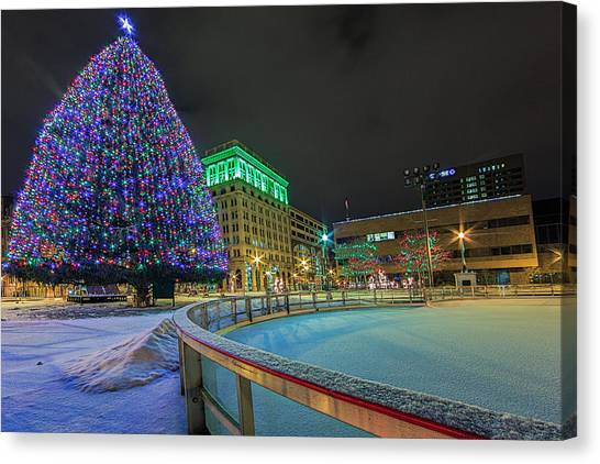 Syracuse University Canvas Print - A Syracuse Christmas by Everet Regal