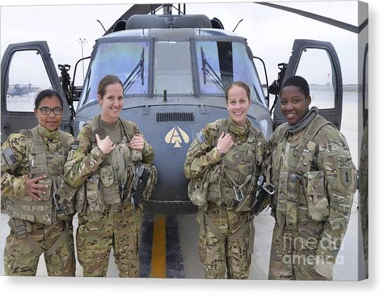 Camouflage Canvas Print - A U.s. Army All Female Crew by Stocktrek Images