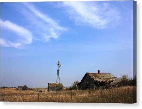 Abandoned Alberta Prairie Home Canvas Print