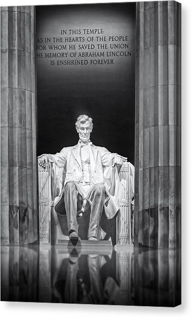 Abraham Lincoln Memorial Canvas Print