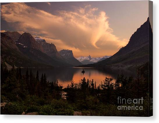 Afterglow Over Wild Goose Island In Saint Mary Lake Canvas Print