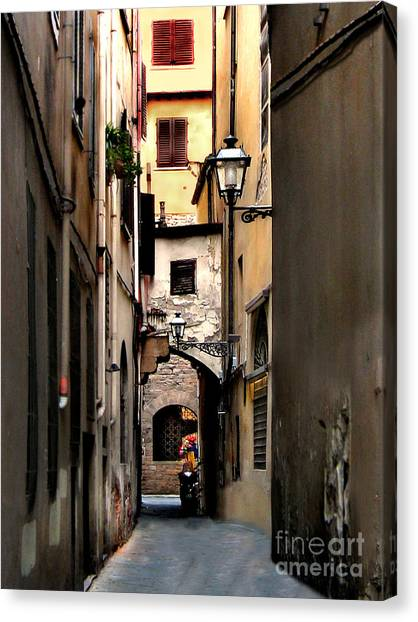 Alley In Florence 1 Canvas Print
