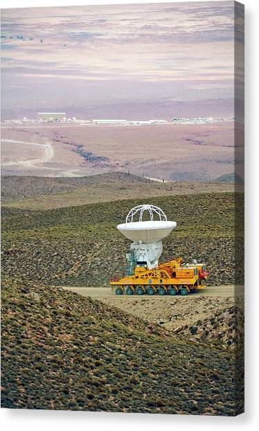 Alma Antenna Transportation by Alma (eso/naoj/nrao)/european Southern  Observatory/science Photo Library