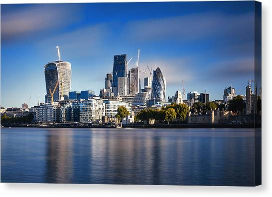 Amazing London Skyline With Tower Bridge During Sunrise Canvas Print by Easyturn