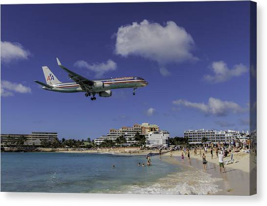 American Airlines At St. Maarten Canvas Print