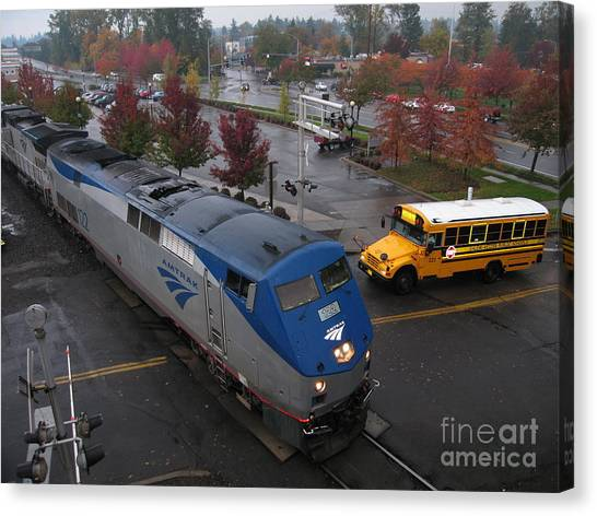 Amtrak 122 In Salem Canvas Print