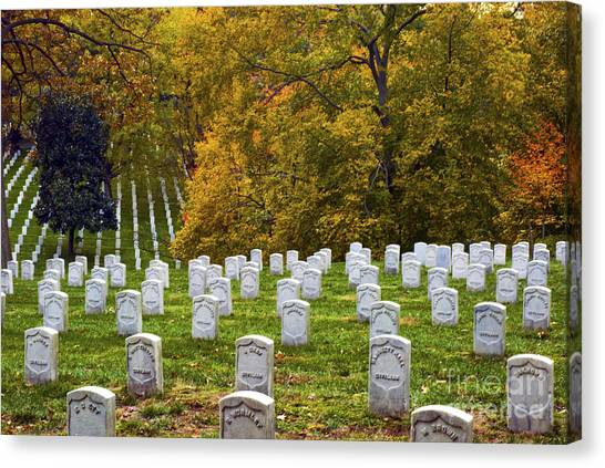 An Autumn Day In Arlington Canvas Print