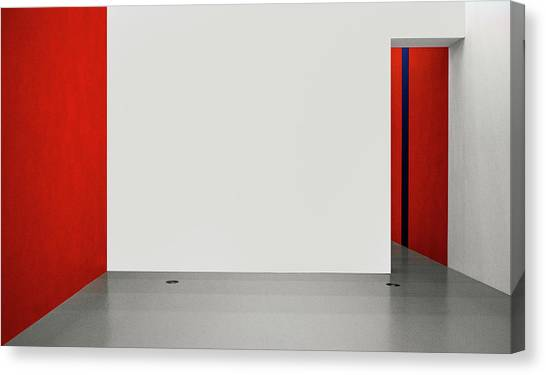 An Empty Room Canvas Print by Inge Schuster