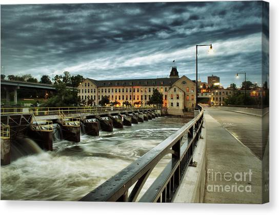 An Evening Down In The Flats Canvas Print