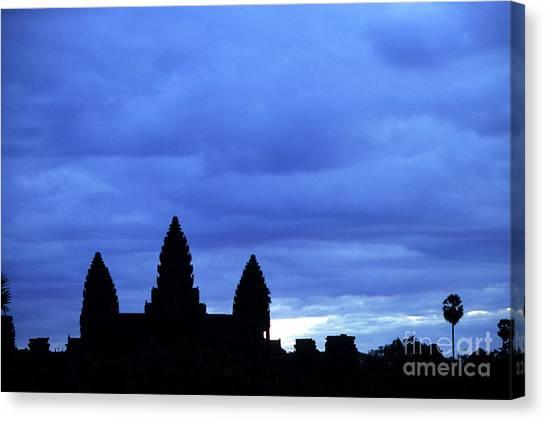 Angkor Wat Sunrise 01 Canvas Print